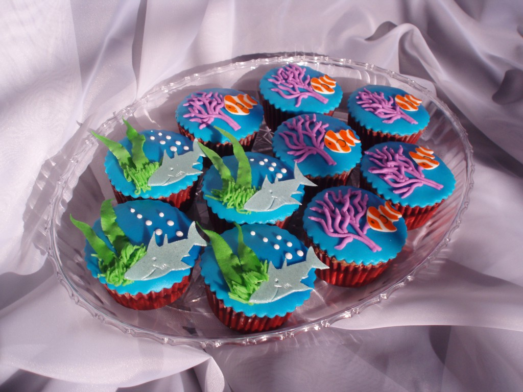 Cupcake Decorating Ideas Under The Sea : Under The Sea Cupcakes Sweet Discoveries