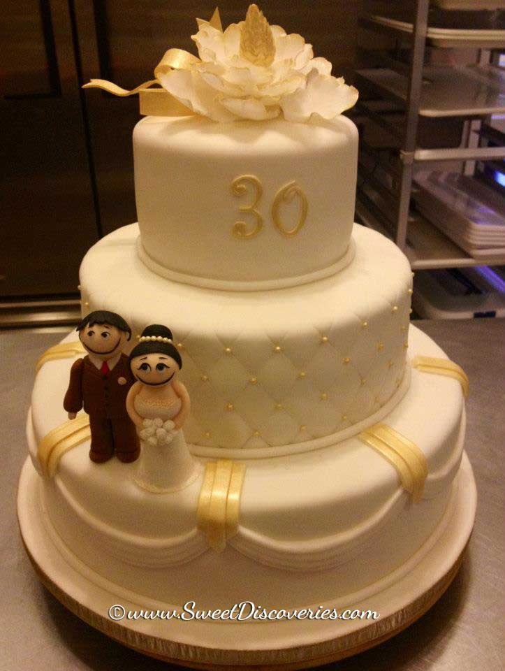 30th Wedding Anniversary Cake | Sweet Discoveries