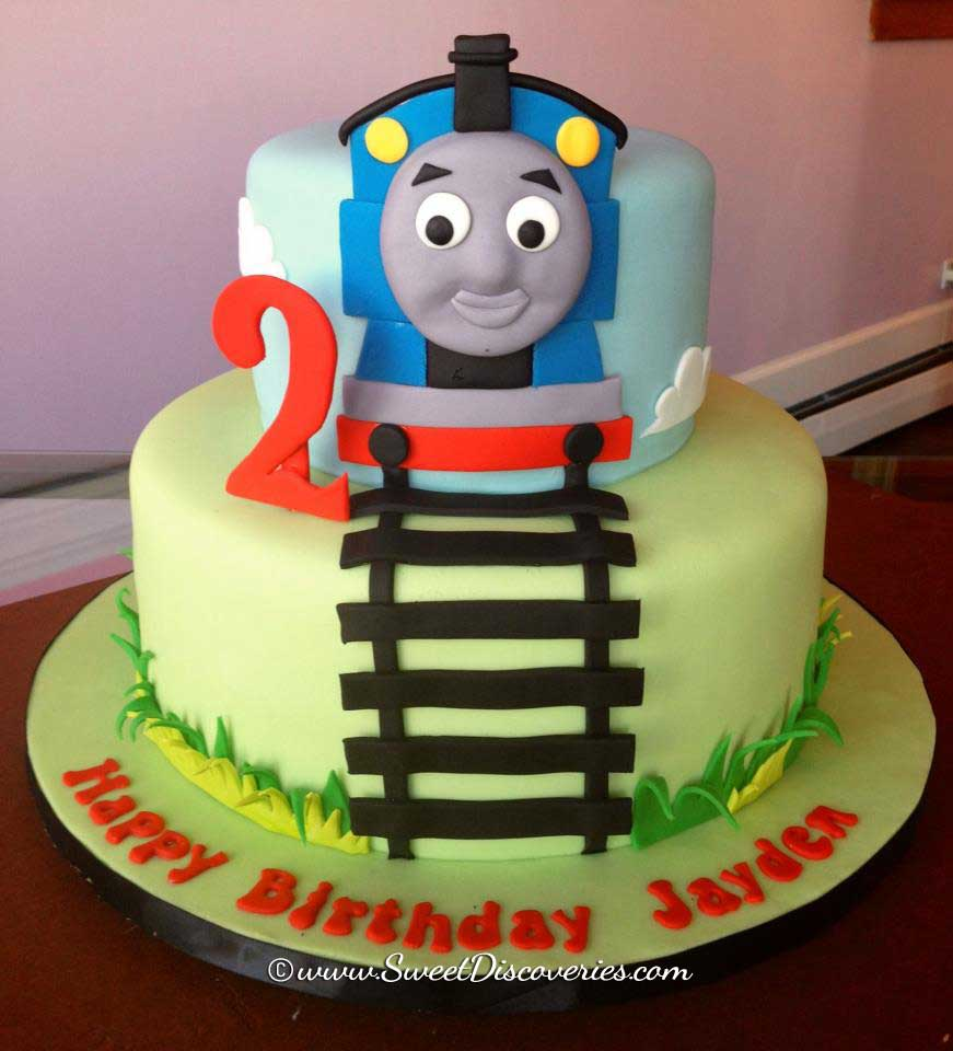 Cake Images Of Thomas The Train : Thomas cakes on Pinterest Thomas The Tank, Thomas The ...
