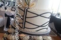 Lyndsie's Wedding Cupcake