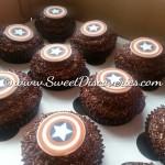 Superhero cupcake2