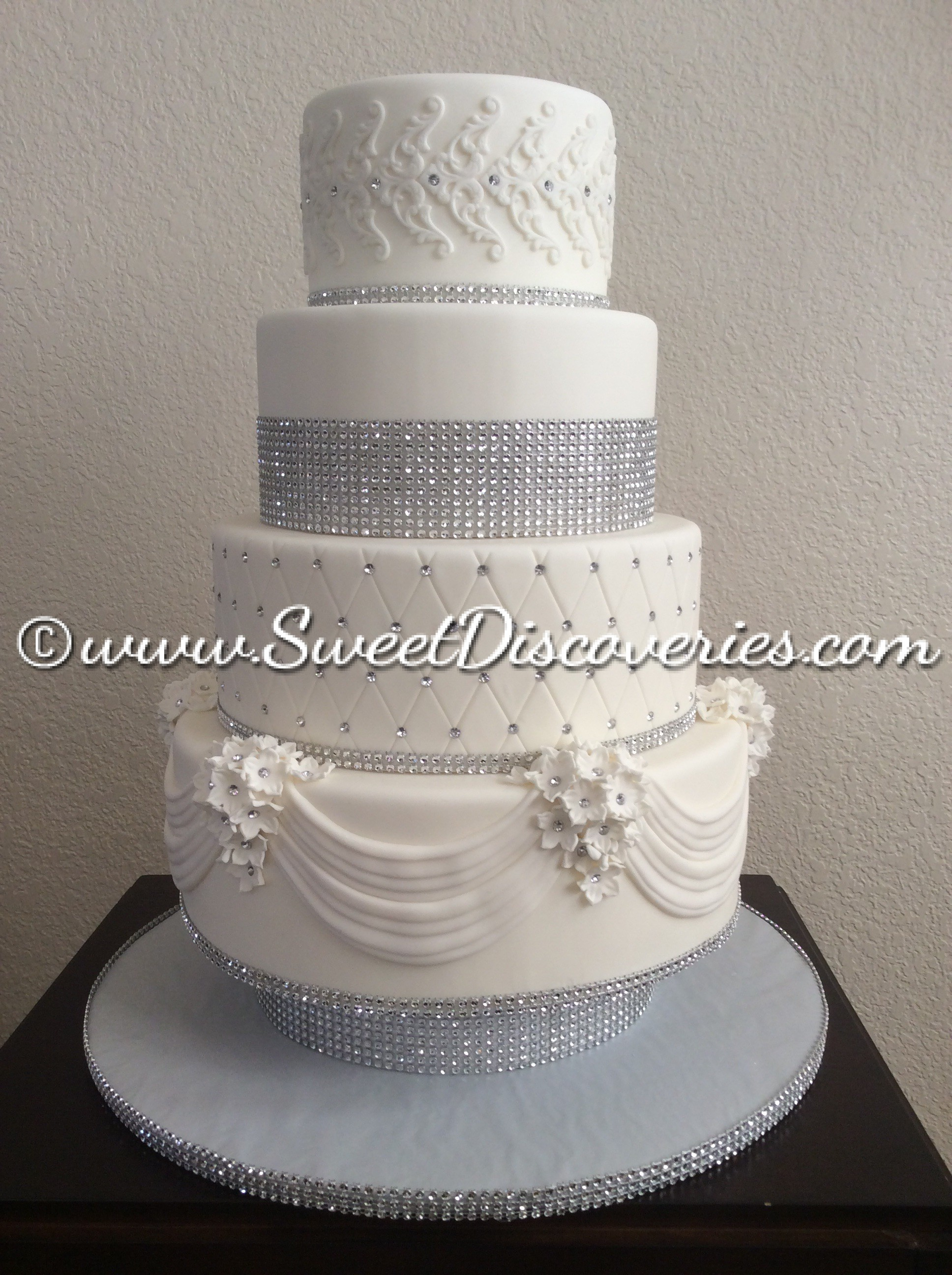 white wedding cake sweet discoveries