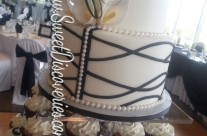 Lyndsie's Wedding Cupcake