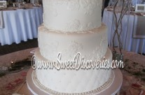 Kristina Elegant Wedding Cake