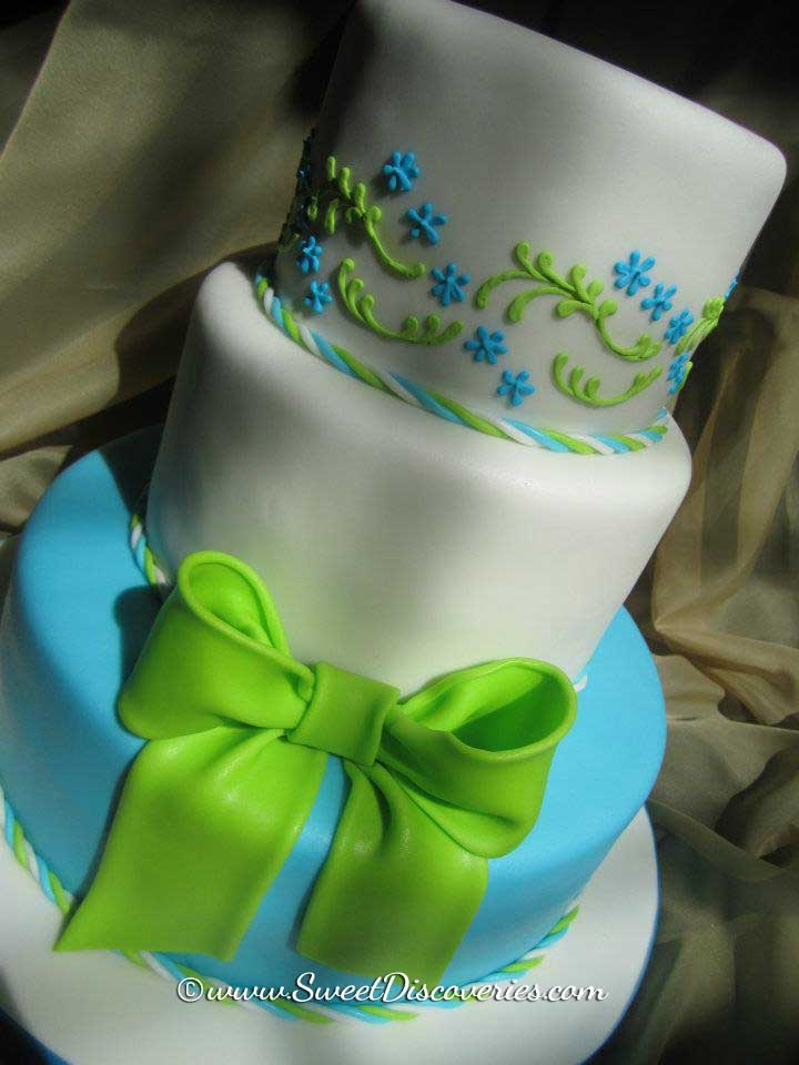 blue and lime green wedding cakes blue and green wedding cake sweet discoveries 11948